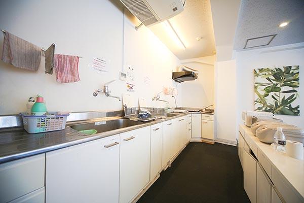 FR神田のキッチン