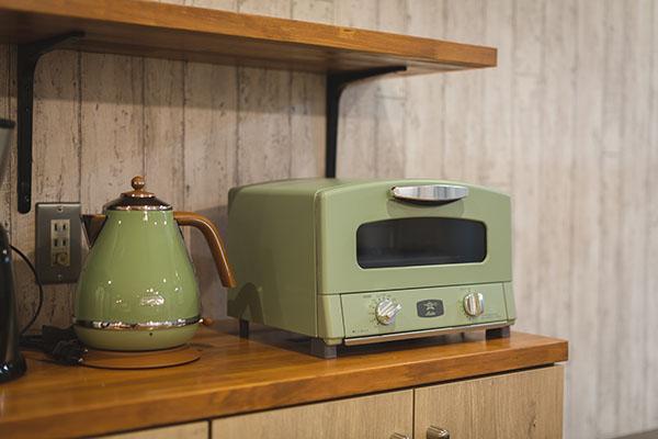 FR阿佐ヶ谷キッチン用品のAladdinケトルとトースター