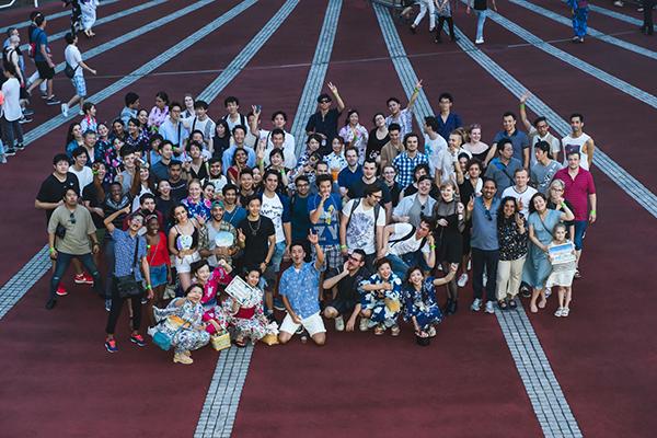納涼船イベントの集合写真