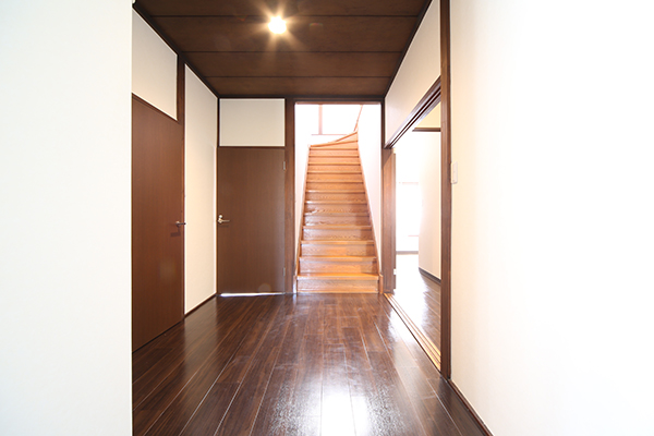 趣のある廊下と階段